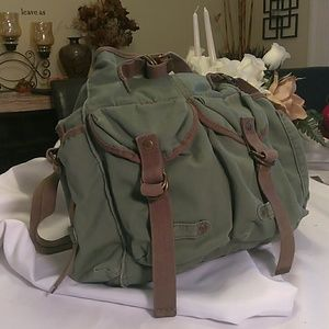 American Eagle cross body military style bag